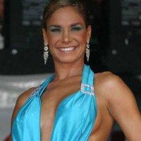 Liz Vega es operada debido a problemas con implantes