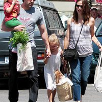 Pareja de actores Jennifer Garner y Ben Affleck esperan tercer bebé, dicen sentirse encantados con la noticia