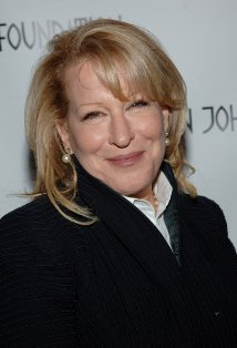 Bette Midler protagoniza el film ¨Parental Guidance¨.