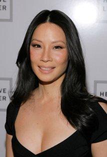 "Lucy Liu protagoniza la serie de TV ""Elementary"" y el film ""The Man With The Iron Fists""."