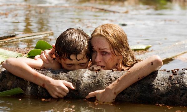 """Naomi Watts y Tom Holland en """"The Impossible""""."""