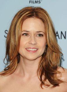 """Jenna Fischer protagoniza la serie de TV """"The Office"""" y estará en cines con """"Kiss Me""""."""