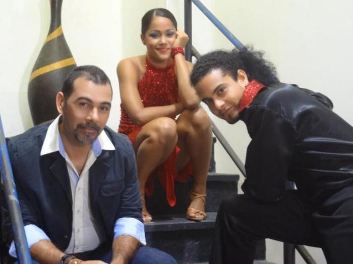 """José Roberto Díaz, Loraida Bobadilla y Hayrold Abreu en """"A Ritmo de Fe""""."""