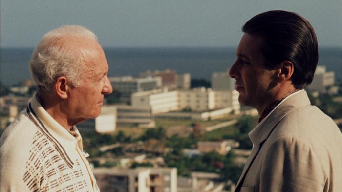 """Lee Strasberg y Al Pacino en """"The Godfather Part II"""", de 1974."""