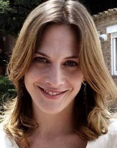 """Belén Fabra protagoniza la serie de TV """"Gran Reserva"""" y actú en el film """"Diario de una Ninfómana""""."""