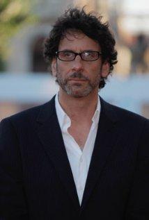 """Joel Coen dirige el film """"Inside Llewyn Davis"""" y actualmente produce el film """"Unbroken""""."""