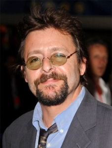 "Judd Nelson actúa en las películas por estrenar ""Road to the Open"", ""Haunting of the Innocent"" y ""Bigfoot Wars""."
