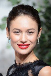 """Olga Kurylenko estará en cines con """"Empires of the Deep"""", """"Vampire Academy """" y """"November Man""""."""