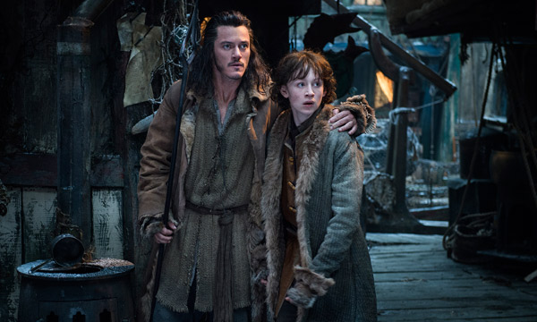 "Luke Evans y John Bell en ""The Hobbit: The Desolation of Smaug""."