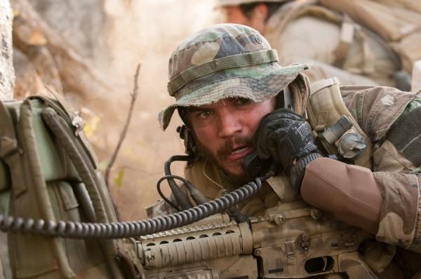 Nuevas imágenes film Lone Survivor, dirige Peter Berg y protagoniza