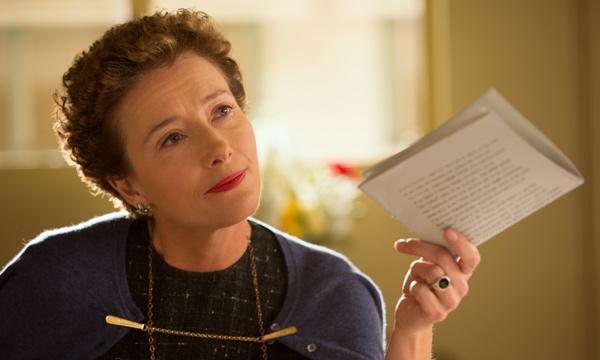 "Emma Thompson es P.L. Travers en ""Saving Mr. Banks""."