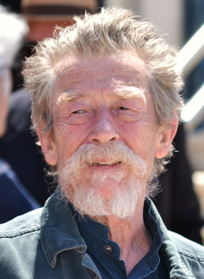 "John Hurt actúa en la serie de TV ""Doctor Who"" y estará en cines con ""Hercules ""."