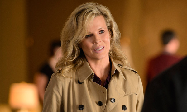 "Kim Basinger es Sally en ""Grudge Match""."