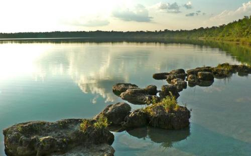Laguna Lachuá (Cobán, Ala Verapaz, Guatemala)