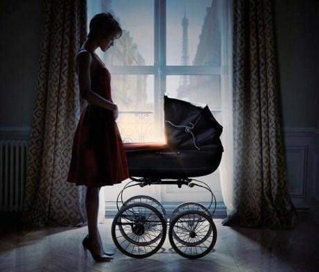 Zoe Saldana en un promocional de ''Rosemary's baby''.