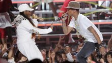 Missy Elliot y Pharrell en los BET Awards 2014.