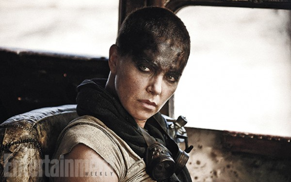 "Charlize Theron es Imperator Fusiosa en ""Mad Max: Fury Road""."