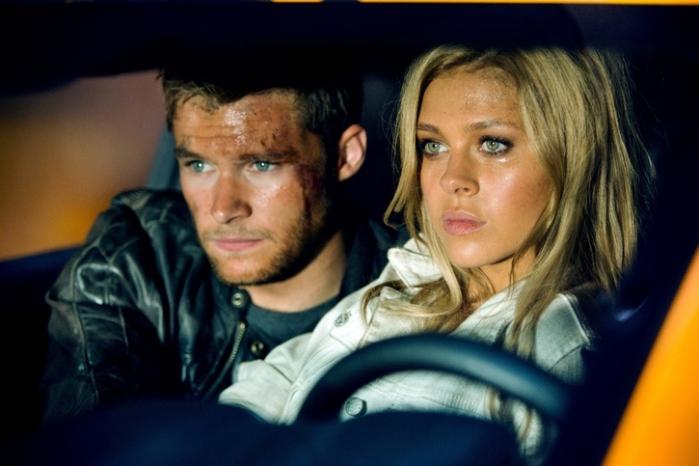 """Jack Reynor y Nicola Peltz en """"Transformers: Age of Extinction""""."""