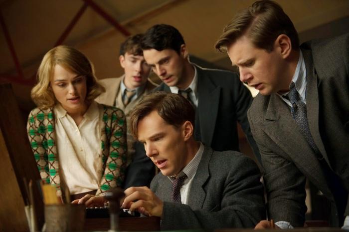 "Keira Knightley, Matthew Beard, Benedict Cumberbatch, Matthew Goode y Allen Leech en ""The Imitation Game""."