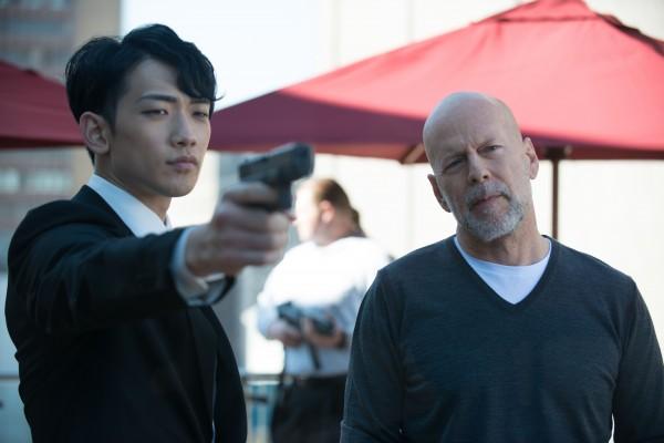 """Rain y Bruce Willis en """"The Prince""""."""