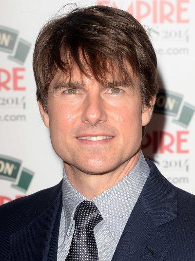 """urth of July"""" (1990), """"Jerry Maguire"""" (1997) y """"Magnolia"""" (2000). Tom Cruise protagoniza el film """"Edge of Tomorrow"""" y actualmente se prepara para filmar """"Mission: Impossible 5"""". Tom Cruise protagoniza el film """"Edge of Tomorrow"""" y actualmente se prepara para filmar """"Mission: Impossible 5""""."""