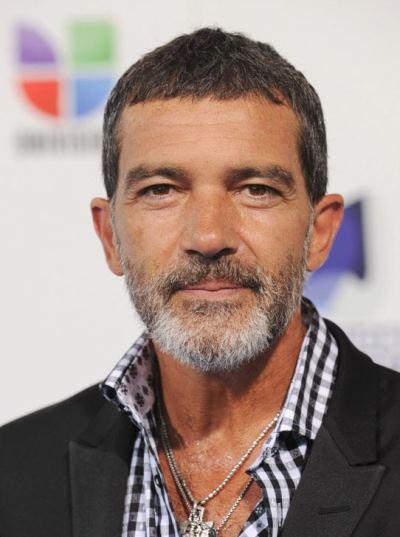 """Antonio banderas actúa en los filmes """"The Expendables 3"""", """"Autómata"""", """"Knight of Cups"""", """"The SpongeBob Movie: Sponge Out of Water"""" y """"The 33""""."""