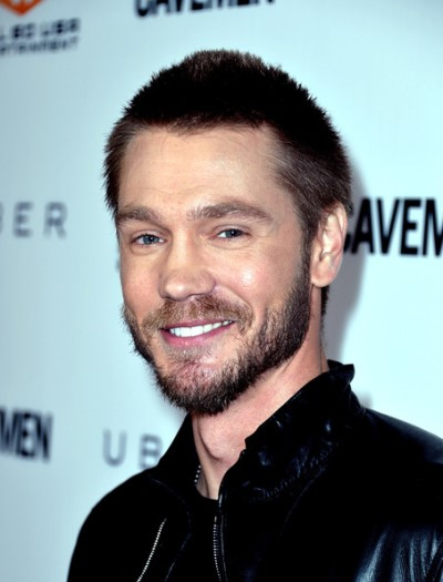 "Chad Michael Murray actúa en la serie de TV ""Chosen"" y en las películas por estrenar ""Other People's Children"" y ""Left Behind""."