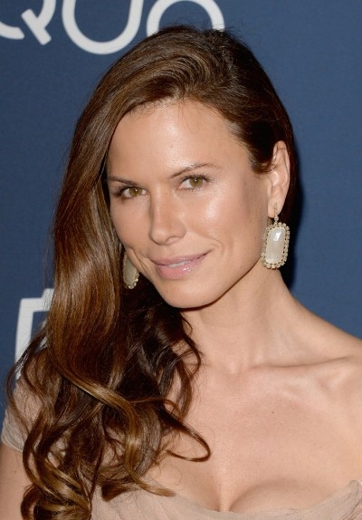 "Rhona Mitra protagoniza la serie de TV ""The Last Ship"" y actúa en el film por estrenar ""The Loft""."