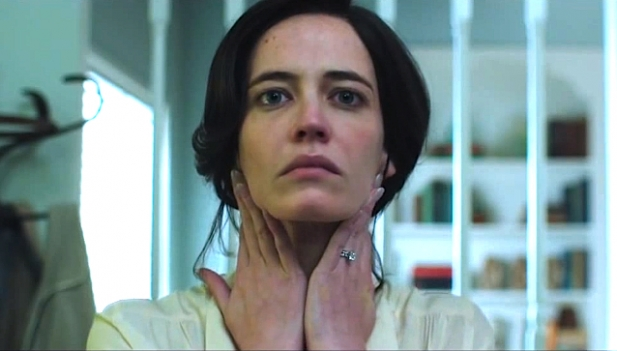 "Eva Green es Eve Connor  en ""White Bird in a Blizzard""."