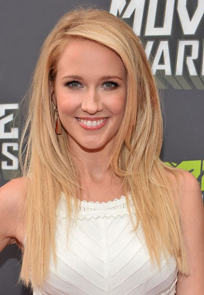 "Anna Camp actúa en la serie de TV ""True Blood"" y en la película por estrenar ""Pitch Perfect 2""."