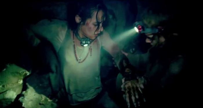"Escena de ""As Above, So Below""."