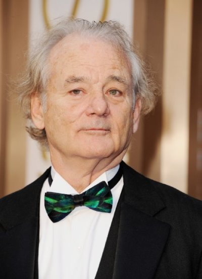 "Bill Murray actúa en el film por estrenar ""Rock the Kasbah"". Ahora filma la serie de TV ""Olive Kitteridge"" y las películas ""B.O.O.: Bureau of Otherworldly Operations "" (voz) y ""The Jungle Book"" (voz)."