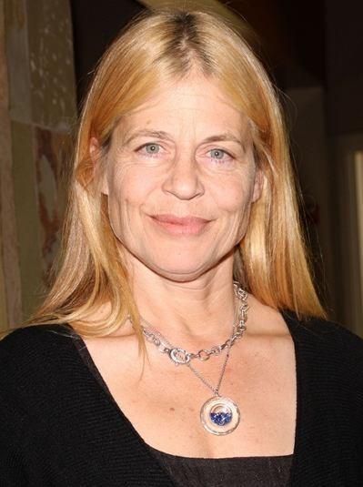 """Linda Hamilton actúa en la serie de TV """"Defiance"""" y en el film por estrenar 'The Sunday Horse""""."""