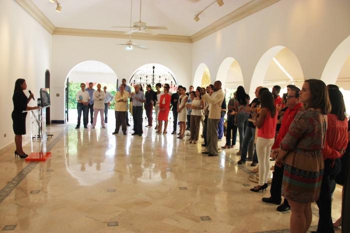 Yvette Marichal, directora de la DGCine al informar las películas dominicanas que representaran el país en los premios Oscar y Goya 2014.