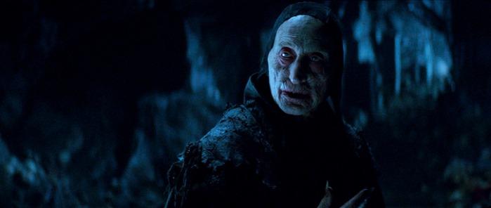 """Charles Dance como el maestro vampiro en """"Dracula Untold""""."""