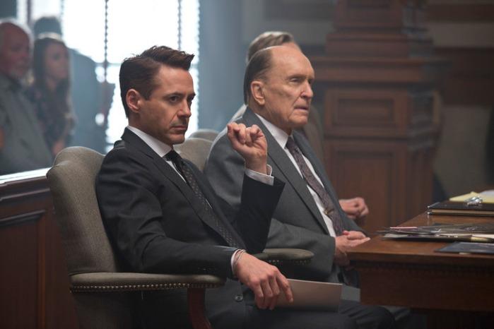 "Robert Downey Jr. y Robert Duvall en ""The Juror""."