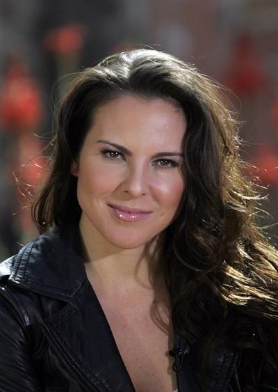 """Kate del Castillo actúa en los filmes por estrenar """"Visitantes"""" y """"The 33""""."""