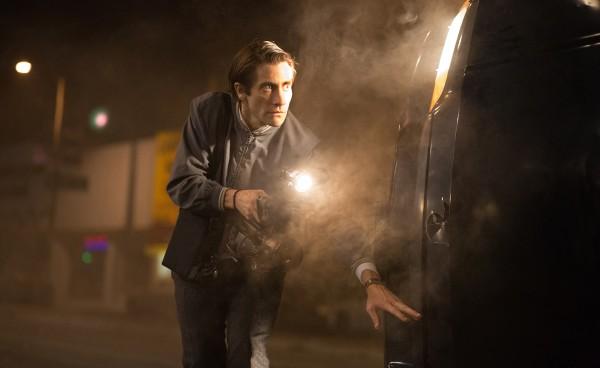 """Jake Gyllenhaal es un obsesivo caza-noticias sensacionalista en """"Nightcrawler""""."""