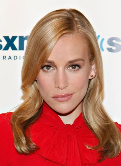 "Piper Perabo protagoniza la serie de TV ""Covert Affairs""."