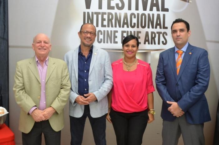 Robert Carrady, Jose Antonio Rodriguez, Zumaya Cordero y Danilo Ginebra en la claurura del V Festival Internacional de Cine Fine Arts.