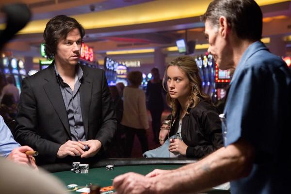 """Mark Wahlberg y Brie Larson en """"The Gambler""""."""