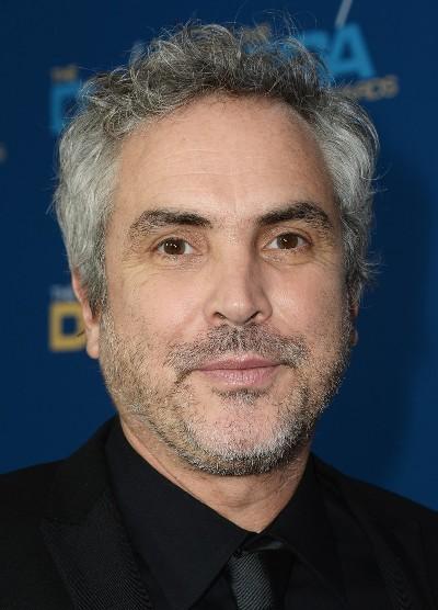 """Alfonso Cuarón escribe y dirige la serie de TV """"Believe""""."""