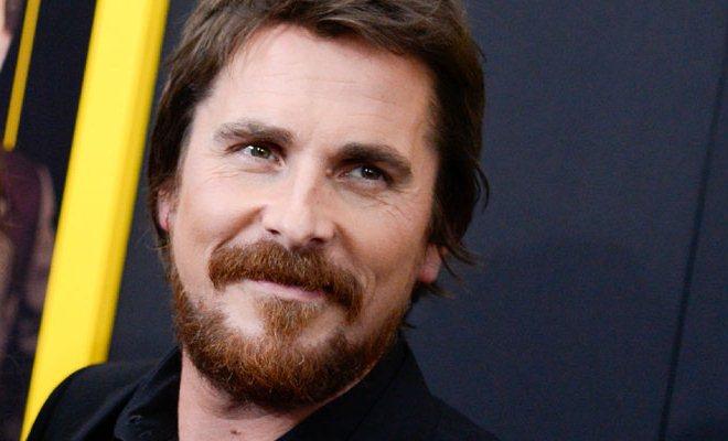 Christian Bale se retira de negociaciones para hacer biopic Steve Jobs.