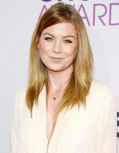 "Ellen Pompeo protagoniza la serie de TV ""Gre's Anatomy""."