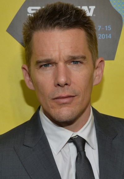 "Ethan Hawke protagoniza las películas por estrenar ""Ten Thousand Saints"", ""Regression"" y ""In a Valley of Violence"". Ahora filma ""Born to be Blue""."