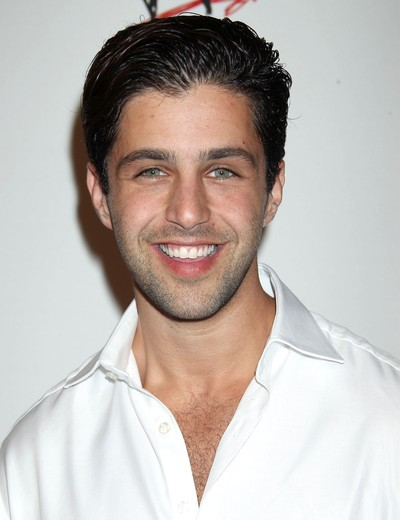 "Josh Peck pone su voz en la serie animada ""Teenage Mutant Ninja Turtles"" y actúa en las películas por estrenar ""Bukowski"". ""The Timber"", ""Danny Collins""y ""The Labyrinth""."
