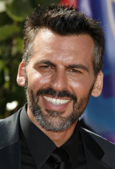 "Oded Fehr actúa en la serie de TV ""Covert Affairs""."