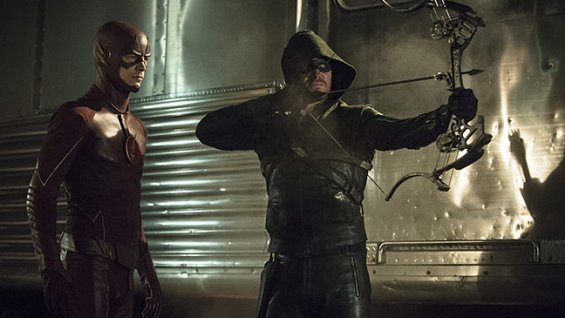 "The Flash y Arrow en el episodio 8 de la 3ra. temporada de ""Arrow""."