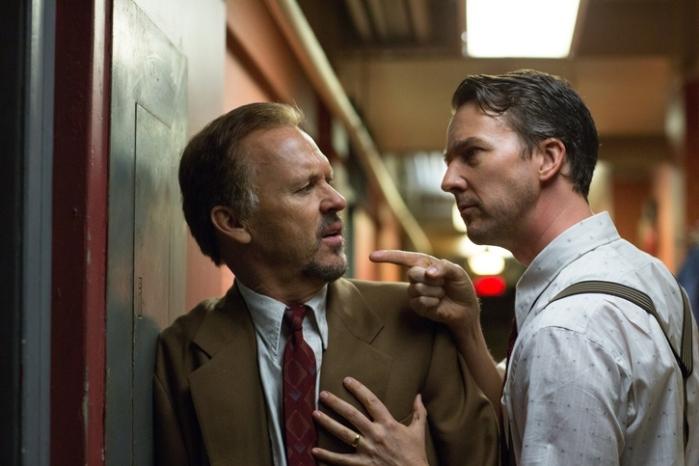 "Michael Keaton y Edward Norton en ""Birdman""."