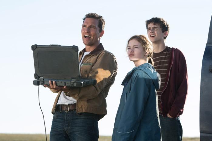 "Matthew McConaughey, Mackenzie Foy y Timothée Chalamet en ""Interstellar""."